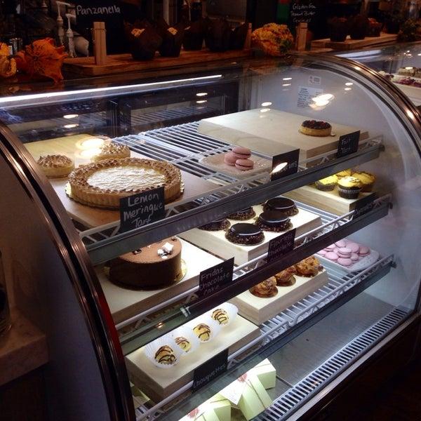 Foto diambil di Frida's Bakery oleh Annie A. pada 10/25/2014