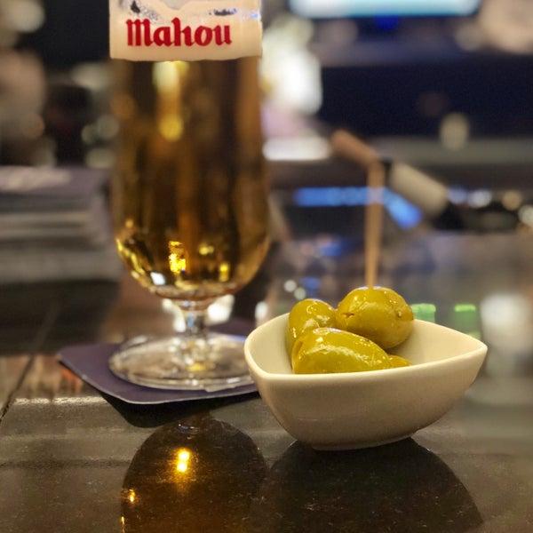 El Pelícano Hotel Bar In Tetúan