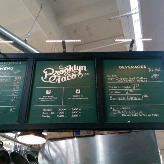 Снимок сделан в Brooklyn Taco Company пользователем Sameepa S. 1/10/2015