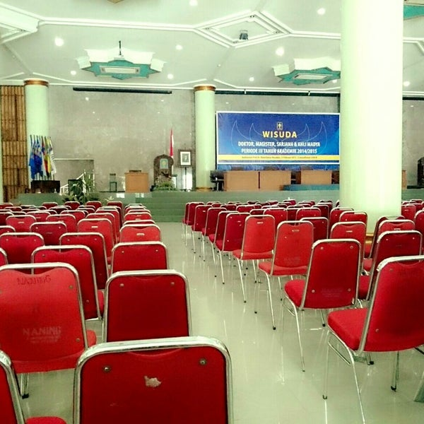 Foto Tirada Noa Auditorium KH Abd Kahar Muzakir Por Hendika Andra