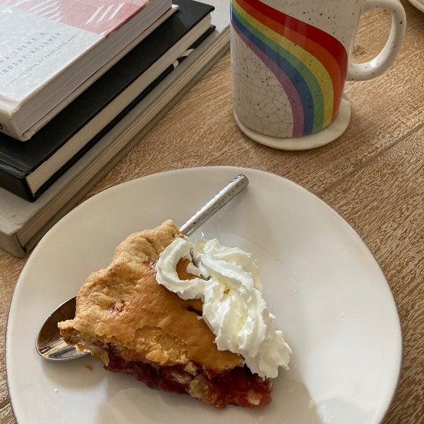 Photo prise au Petee's Pie Company par Mark B. le8/17/2020