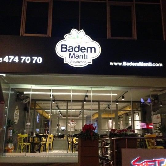 Das Foto wurde bei Badem Mantı von 💨Erhan😜 am 12/13/2012 aufgenommen
