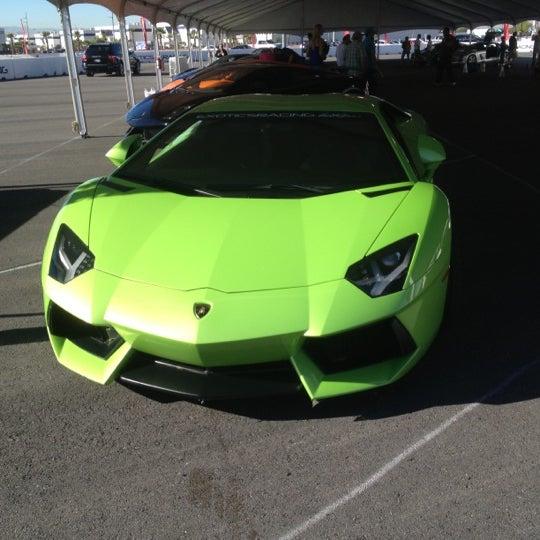 Снимок сделан в Exotics Racing пользователем Joey C. 10/29/2012