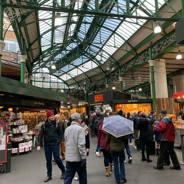 Foto tirada no(a) Borough Market por Jonathan L. em 2/20/2020