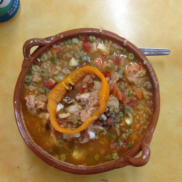 Снимок сделан в Ostionería Mazatlán пользователем Cha 8/26/2013