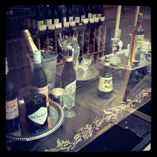 Photo prise au Flatiron Wines & Spirits - Manhattan par Peter C. le10/18/2012