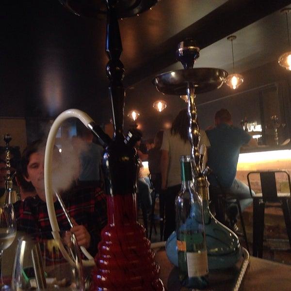 7/10/2015にDashulyafedorがto.be barで撮った写真