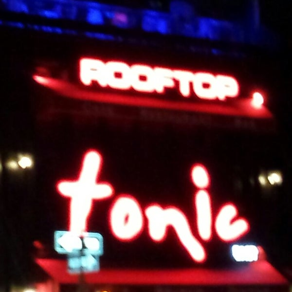 Photo prise au Tonic East par Thump le7/28/2013