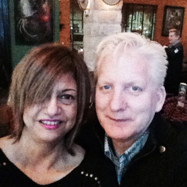 Das Foto wurde bei Mi Pueblito Restaurant Bar & Grill von Roxanna R. am 3/5/2014 aufgenommen