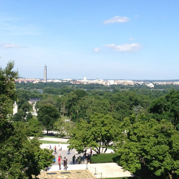 Photo prise au Arlington National Cemetery par Merritt W. le6/22/2013