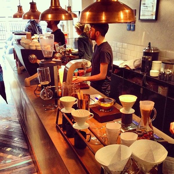 Foto diambil di Brew Lab Coffee oleh Simon L. pada 7/28/2013