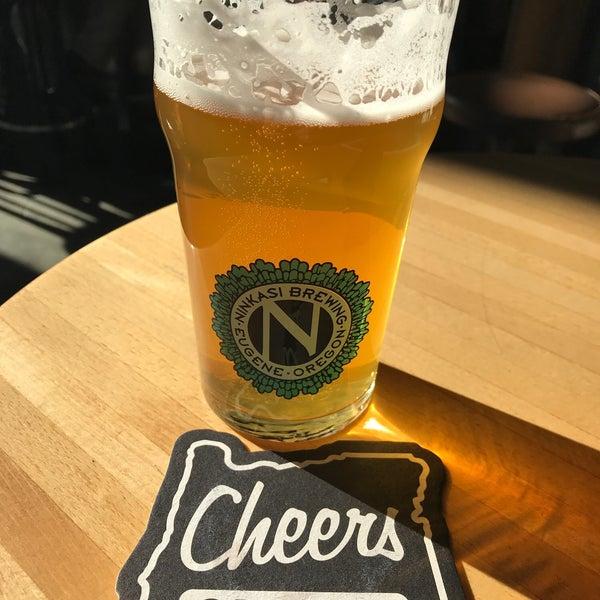Foto diambil di Ninkasi Brewing Tasting Room oleh Terry P. pada 12/21/2018