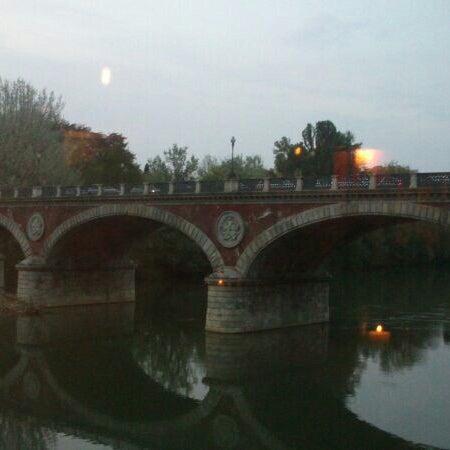 Foto tirada no(a) Catullo - Ristorante Pizzeria por Cristina C. em 4/13/2014