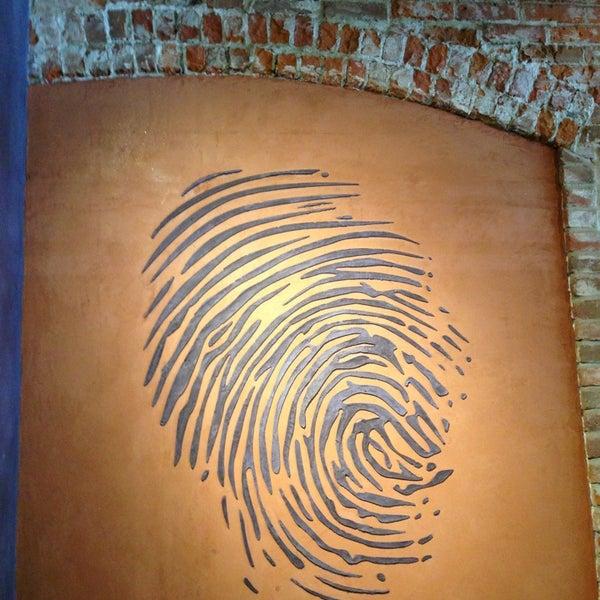 5/28/2013 tarihinde Killa K.ziyaretçi tarafından Thumbprint Cellars Tasting Room & Art Gallery'de çekilen fotoğraf