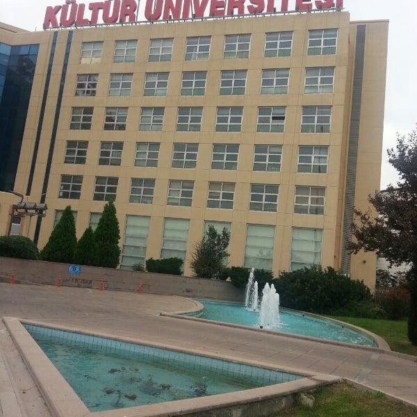 Foto tirada no(a) İstanbul Kültür Üniversitesi por Burcu T. em 10/25/2013