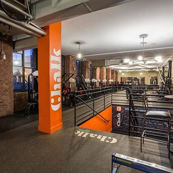 4/15/2014 tarihinde Chalk Gymsziyaretçi tarafından Chalk Gyms'de çekilen fotoğraf