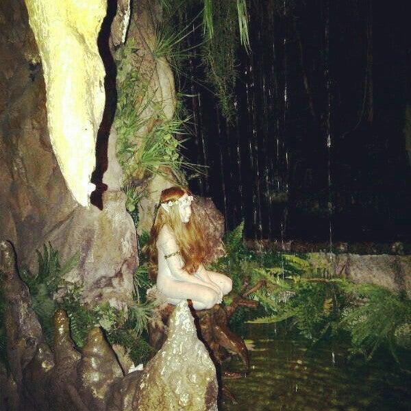 รูปภาพถ่ายที่ El Bosc de les Fades โดย Jennifer เมื่อ 6/24/2013
