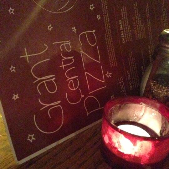 12/3/2012にSteve O.がGrant Central Pizza & Pastaで撮った写真