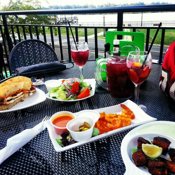 Photo Taken At Burlew 39 S Seafood And Steak By Daina P On