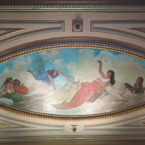 Das Foto wurde bei Teatro Colón von Zetadj am 1/25/2017 aufgenommen