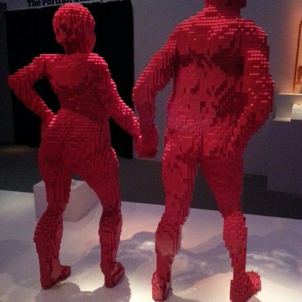 Foto diambil di ArtScience Museum oleh Laura O. pada 3/20/2013