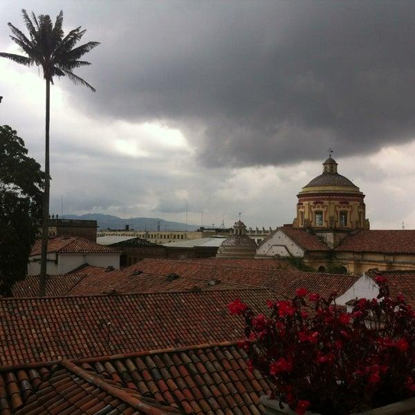 รูปภาพถ่ายที่ Hotel de la Opera โดย Viviana T. เมื่อ 11/29/2013