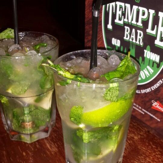 Снимок сделан в Temple Bar пользователем Armand T. 11/2/2013