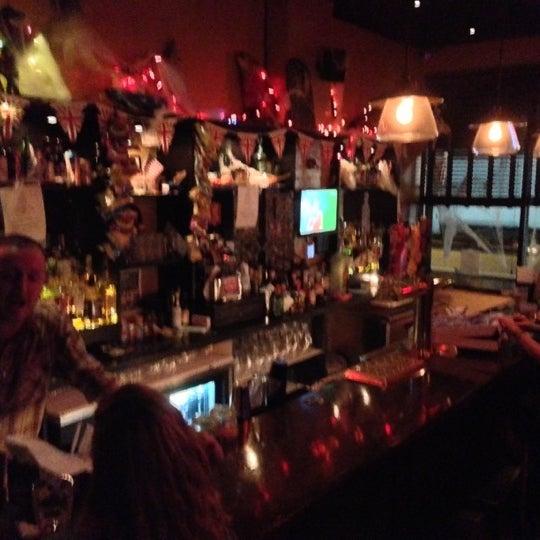 10/24/2012에 Ankush N.님이 The Monro Pub에서 찍은 사진
