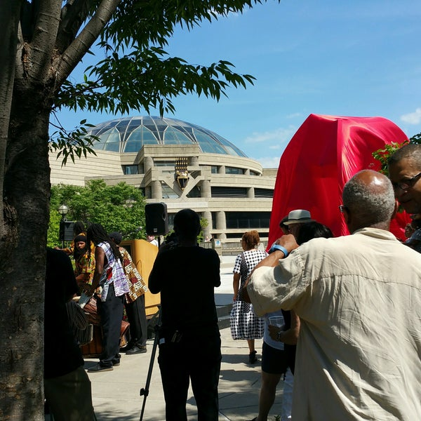 Foto scattata a Charles H Wright Museum of African American History da Melissa C. il 7/23/2016