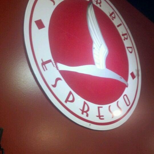 12/8/2012에 Tom B.님이 Silverbird Espresso에서 찍은 사진