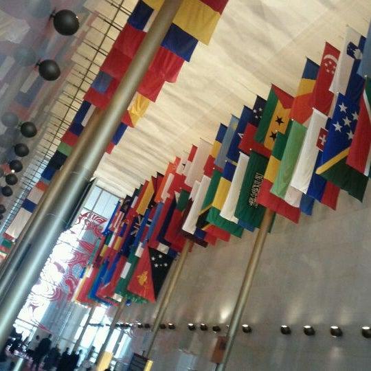 Снимок сделан в The John F. Kennedy Center for the Performing Arts пользователем Giovanni H. 12/18/2011