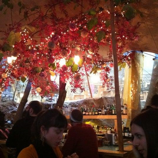 1/14/2012 tarihinde Vangelis V.ziyaretçi tarafından six d.o.g.s'de çekilen fotoğraf