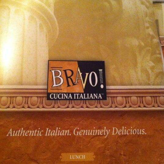 Das Foto wurde bei BRAVO! Cucina Italiana von Gavin G. am 3/18/2012 aufgenommen