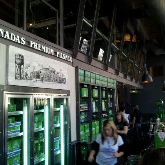 10/9/2011 tarihinde Alex Y.ziyaretçi tarafından Steam Whistle Brewing'de çekilen fotoğraf