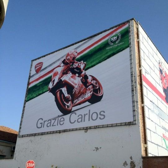 3/28/2012 tarihinde Davide C.ziyaretçi tarafından Ducati Motor Factory & Museum'de çekilen fotoğraf