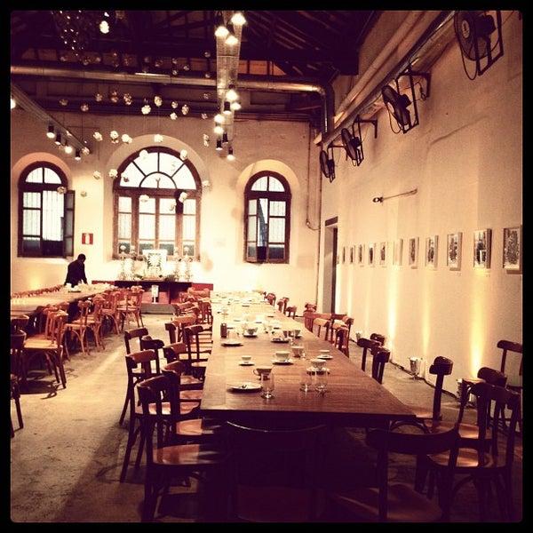 รูปภาพถ่ายที่ CentoeQuatro โดย Notas de Sabor (. เมื่อ 5/12/2012