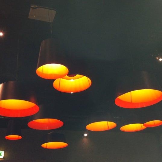 1/2/2012 tarihinde András N.ziyaretçi tarafından Trafó - House of Contemporary Arts'de çekilen fotoğraf