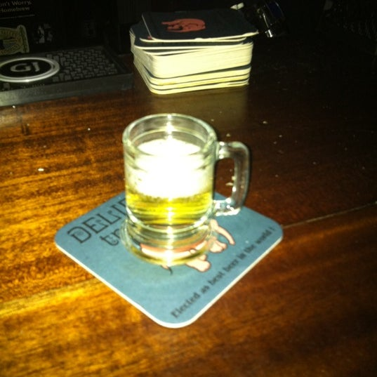 Foto tomada en Fourth Avenue Pub por Jenny A. el 8/7/2011