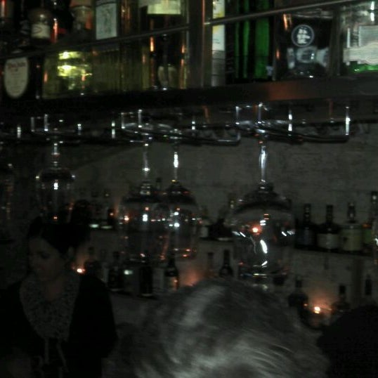 Foto tomada en Grandma's Bar por Gerald v. el 3/11/2011