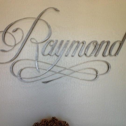 Photo prise au Raymond Vineyards par Aliza S. le8/9/2012