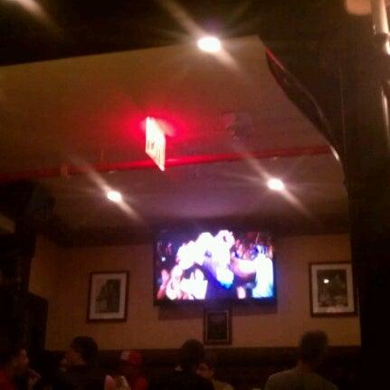 Foto tomada en Hurley's Saloon por Johnny V. el 7/8/2012