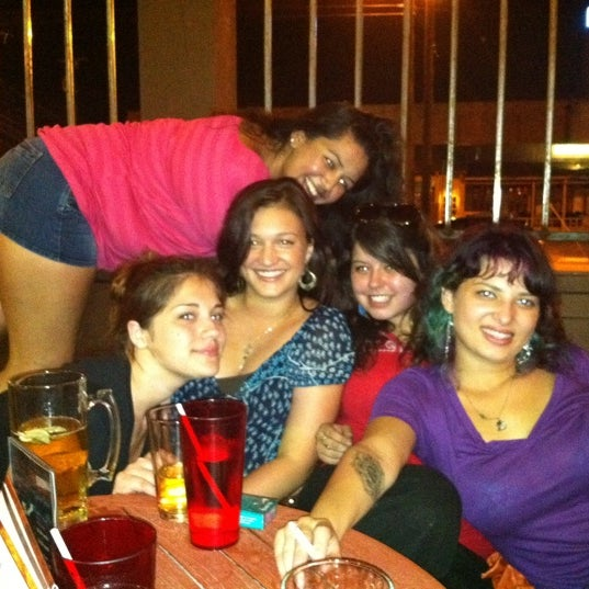 Foto scattata a OT Tavern da Kati S. il 7/15/2011
