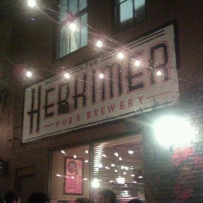 5/22/2011에 Tim H.님이 The Herkimer Pub & Brewery에서 찍은 사진