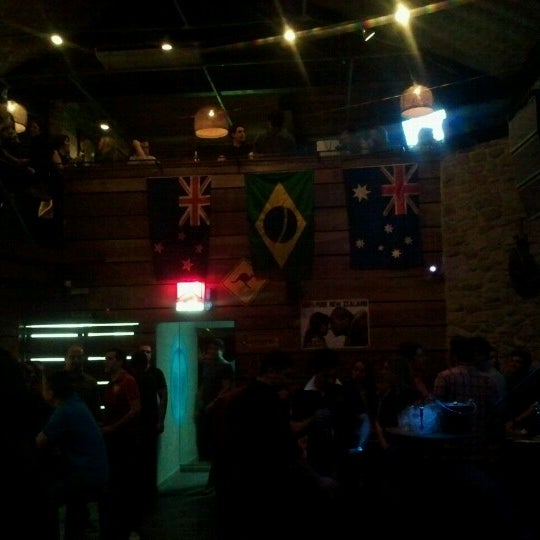 6/17/2012 tarihinde Edson J.ziyaretçi tarafından Kia Ora Pub'de çekilen fotoğraf