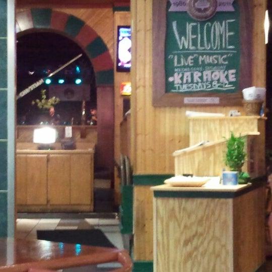 6/29/2012에 Jonathan t.님이 Wild Tymes Sports & Music Bar에서 찍은 사진