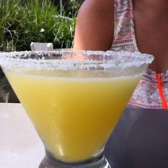 Снимок сделан в TNT - Tacos and Tequila пользователем bianca f. 5/9/2012
