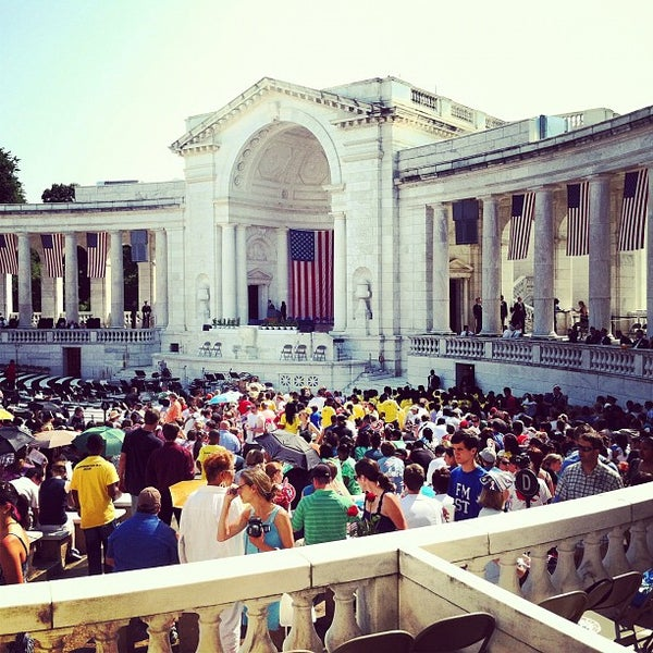 Photo prise au Arlington National Cemetery par Jonathan S. le5/28/2012