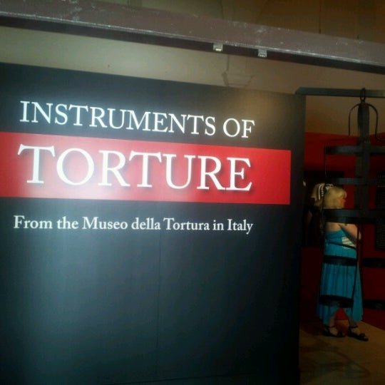 Foto scattata a San Diego Museum of Man da Linda B. il 8/13/2012