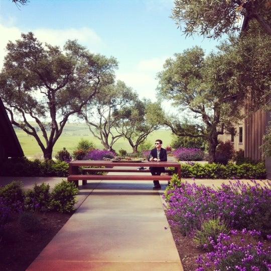 รูปภาพถ่ายที่ Ram's Gate Winery โดย Andrew A. เมื่อ 4/16/2012