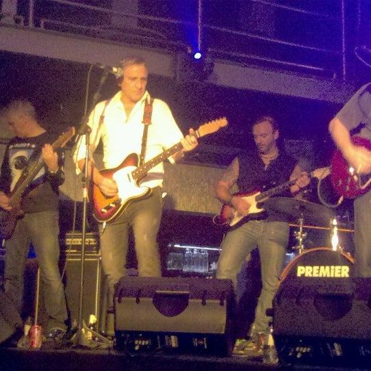 รูปภาพถ่ายที่ Boogie Disco โดย Glau Z. เมื่อ 6/15/2012